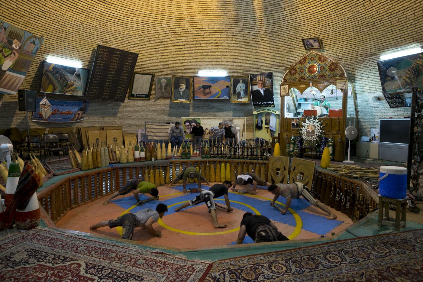 © Luís Rocha. Tradicional ginásio persa: zurkaneh, Yazd, Irão, 2017.